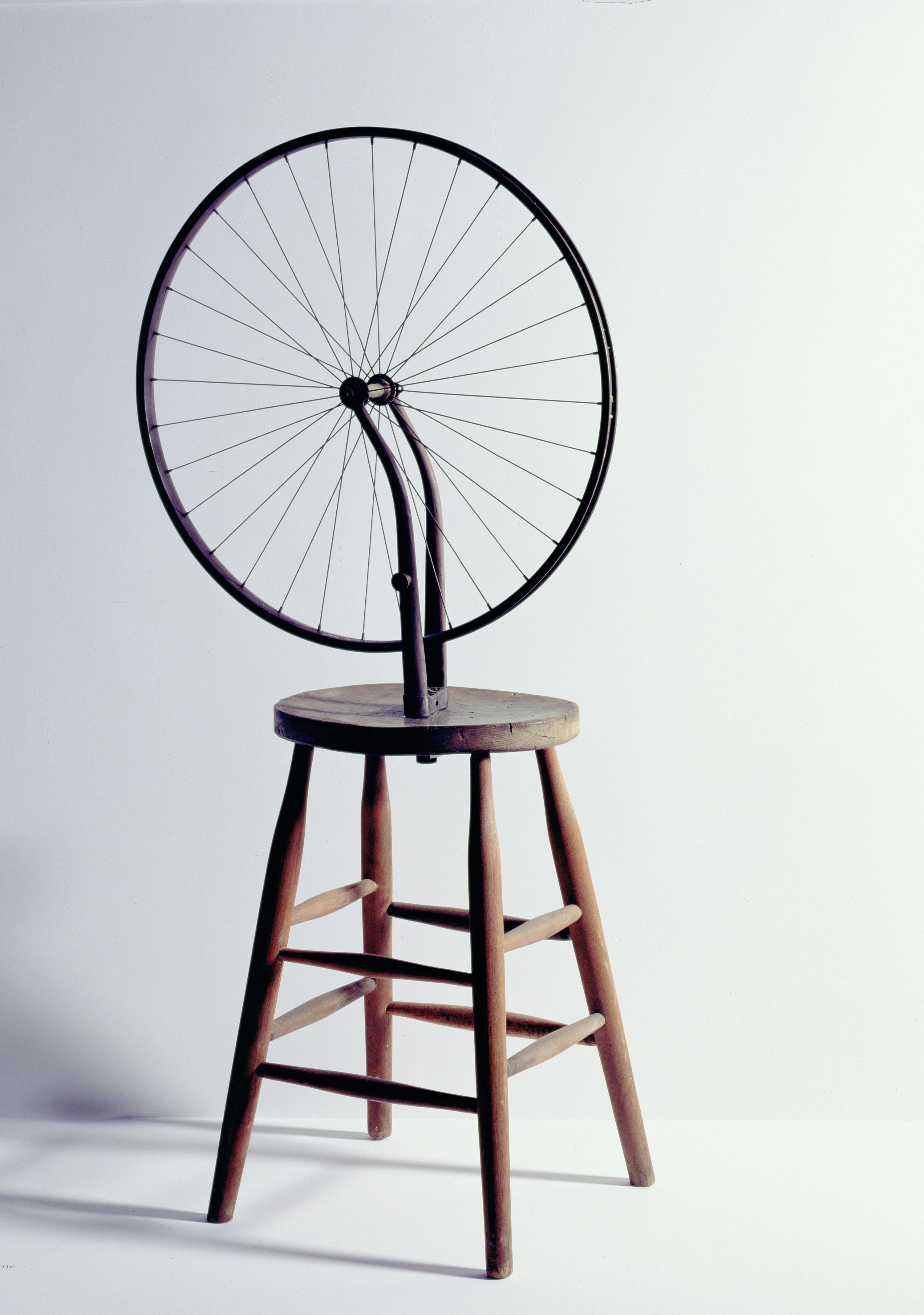 Marcel Duchamp, Roue de bicyclette, 1963, reconstitution de l'oeuvre de 1913, Palazzo Grassi, Venise.