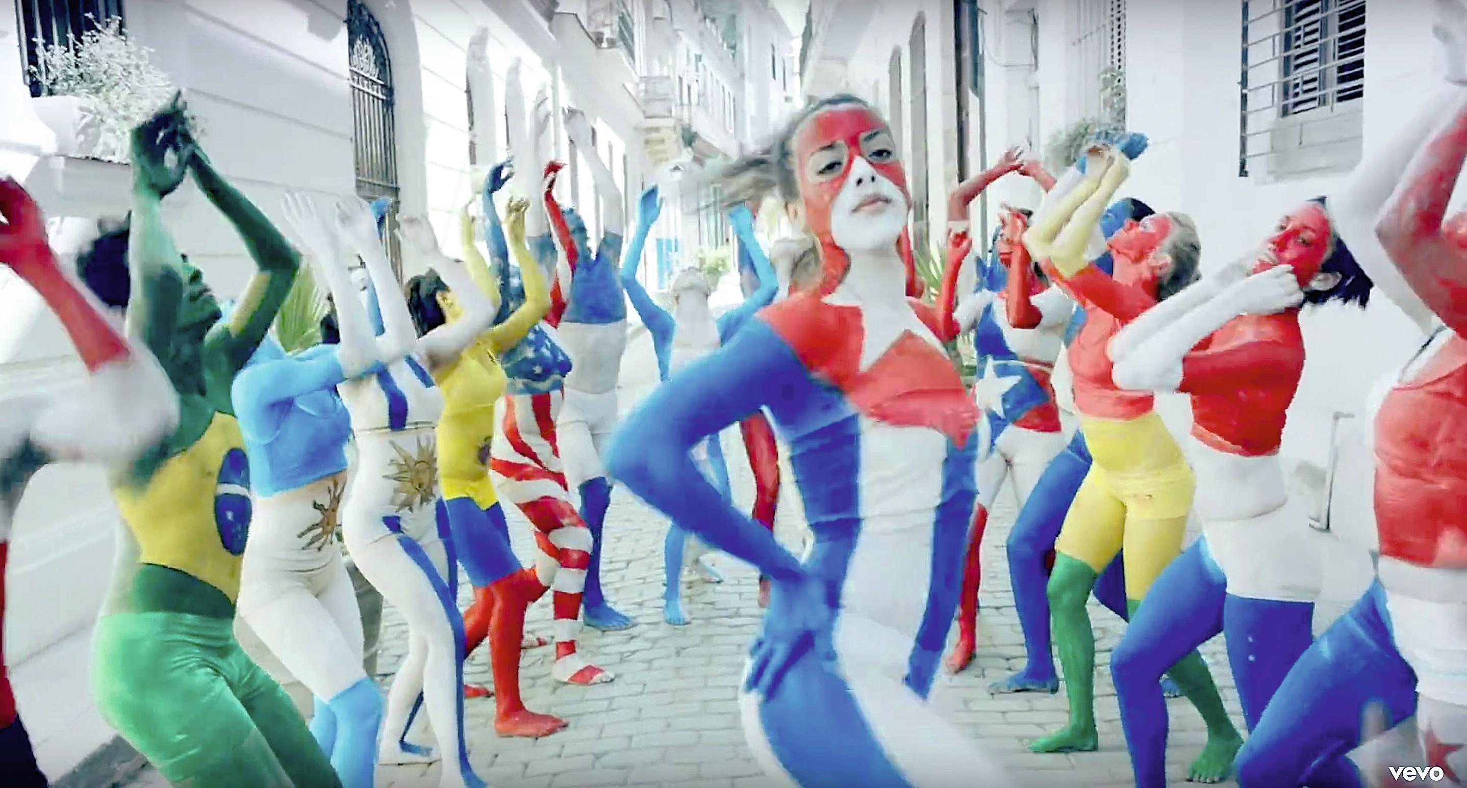 Fotograma de La gozadera, Gente de Zona ft. Marc Anthony, 2015.
