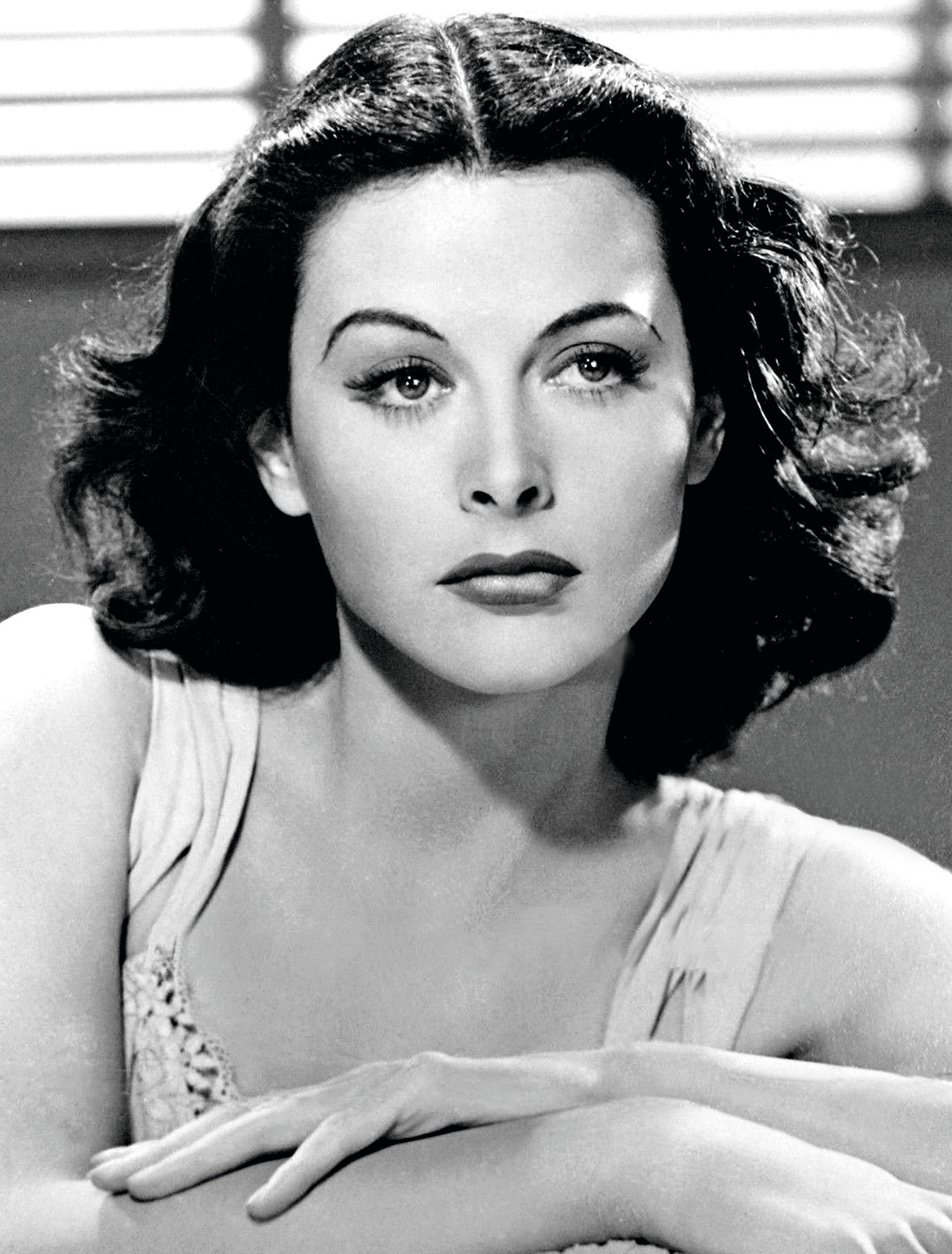 Portrait de l'actrice et femme de sciences Hedy Lamarr, 1940.