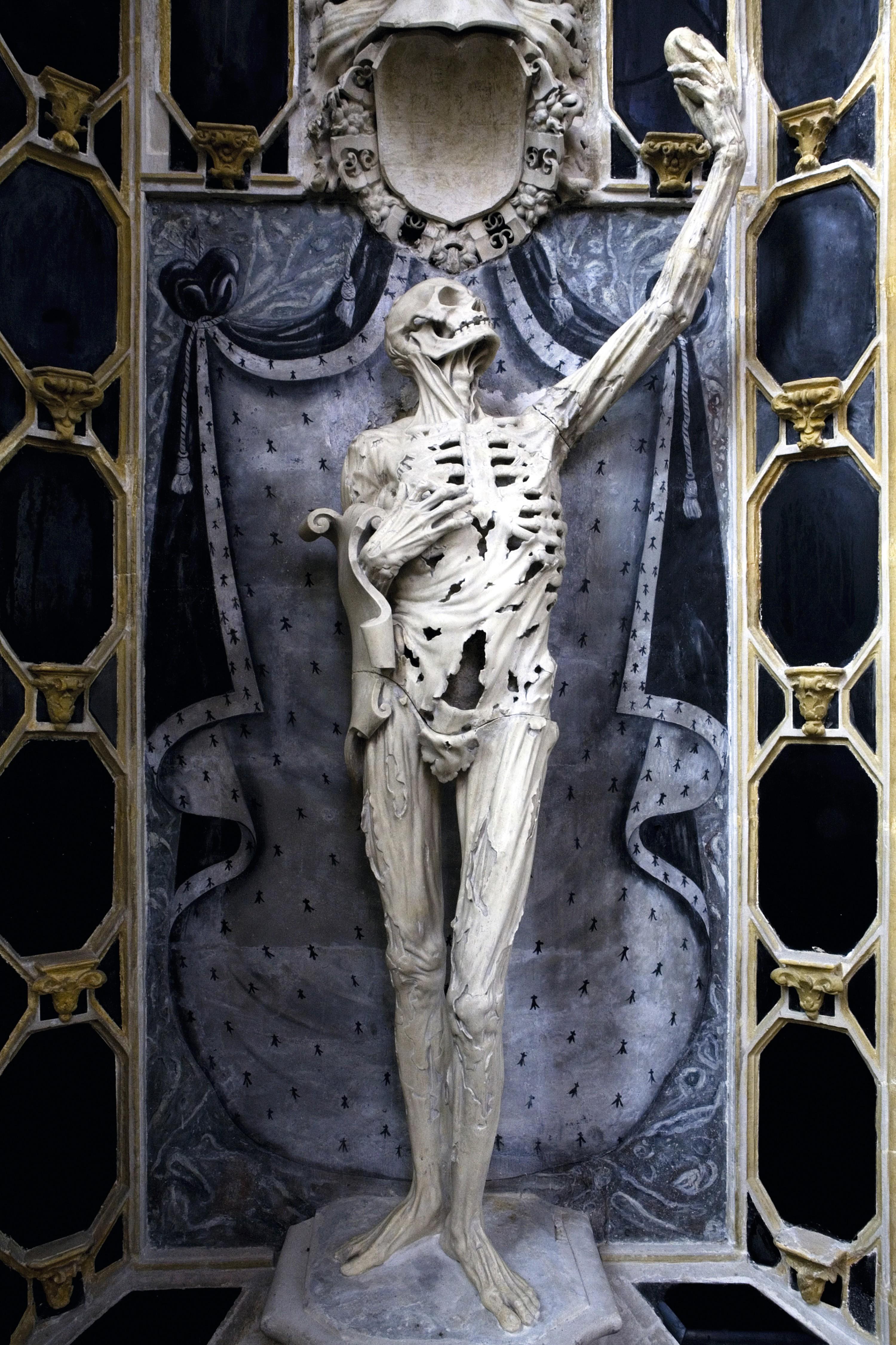 Ligier Richier, Le transi de René de Chalon, vers 1545, église Saint-Étienne, Bar-le-Duc.