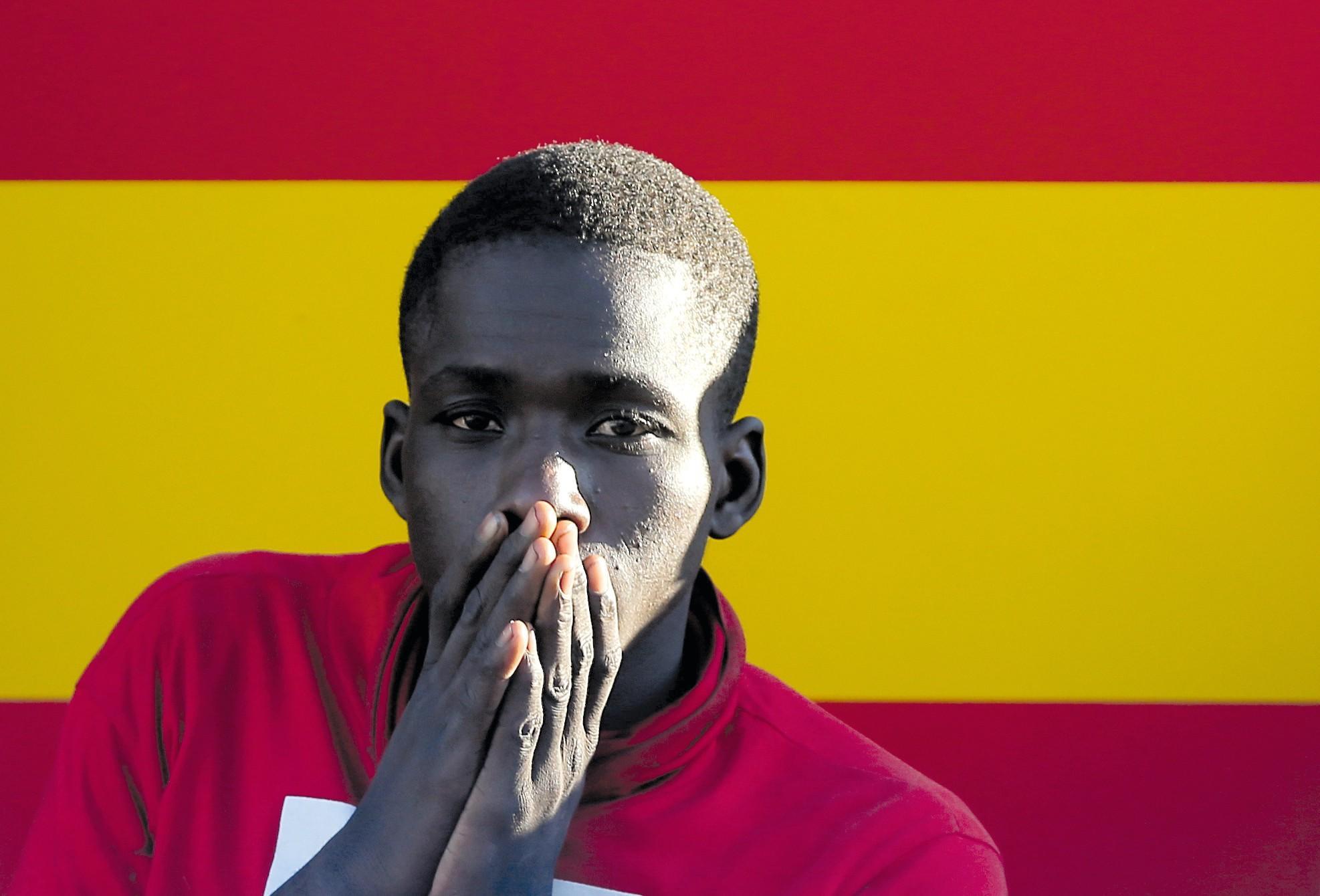 Inmigrante subsahariano en el puerto de Málaga, 2018.