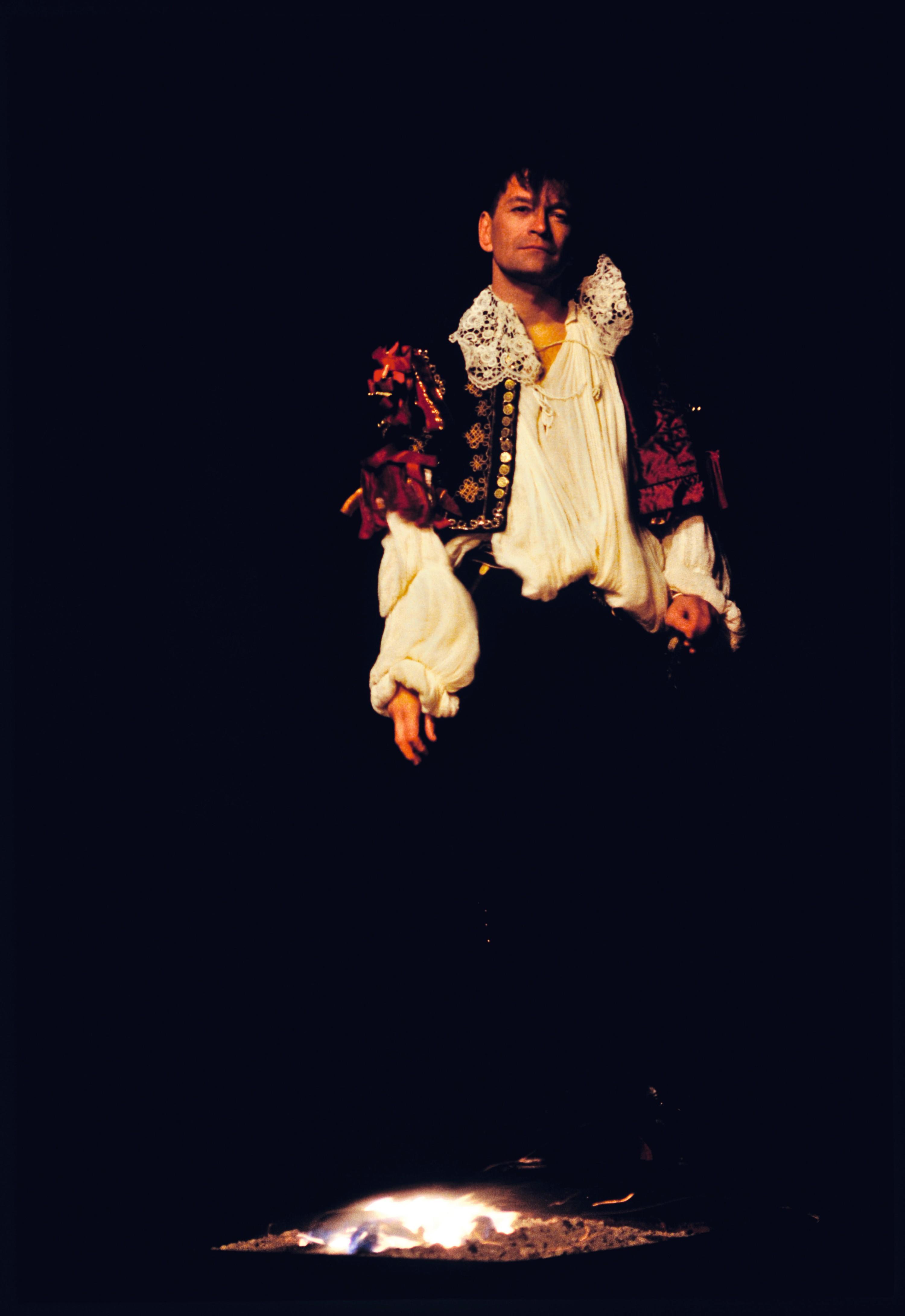 Andrzej Seweryn joue Dom Juan en 1995, à l'âge de 49 ans.