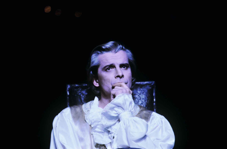 Jacques Weber joue Dom Juan en 1987, à l'âge de 38 ans.
