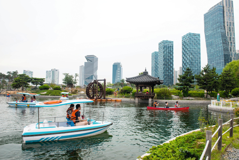 Songdo en Corée du Sud est une smart city conçue comme une ville durable. Elle a été entièrement construite sur des polders.