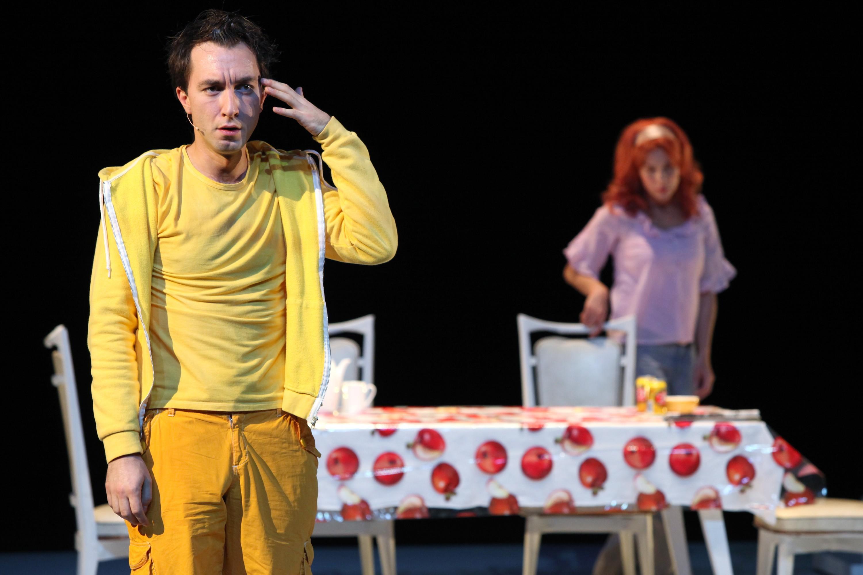 Lignes de faille, mise en scène de Catherine Marnas, avec Julien Duval (Sol), Théâtre du Rond Point, Paris, 2015.
