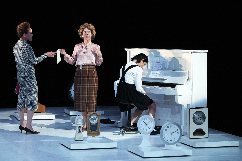 Lignes de faille, mise en scène de Catherine Marnas, Théâtre du Rond Point, Paris, 2015.