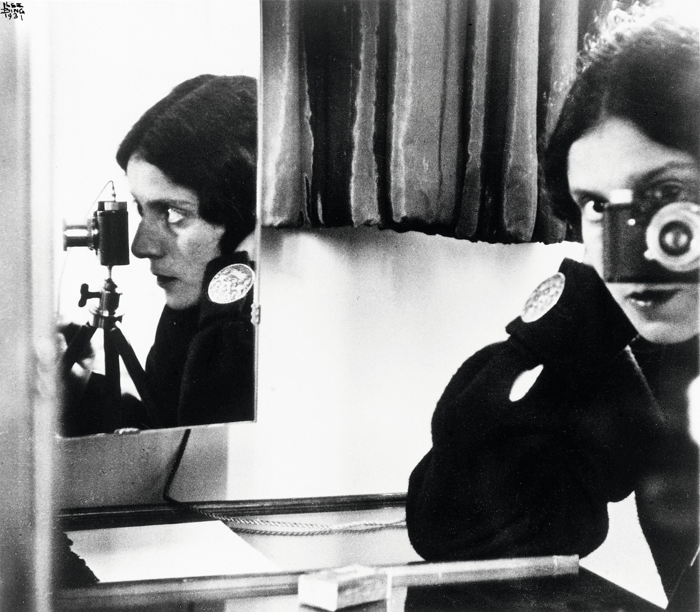 Autoportrait au Leica Ilse Bing