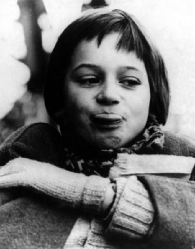 Catherine Demongeot (Zazie) dans l'adaptation cinématographique de Zazie dans le métro par Louis Malle, 1960.