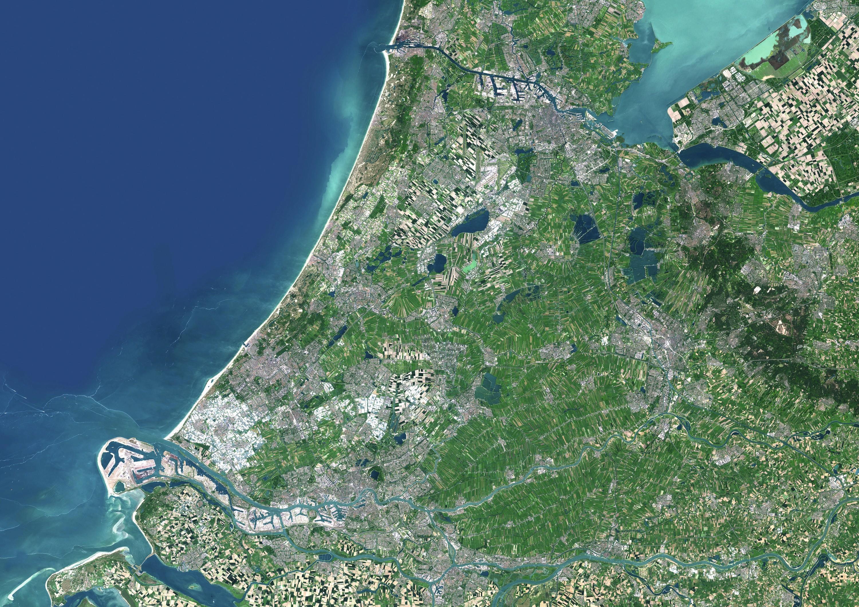 Vue aérienne de la Randstad, région urbaine sur le littoral néerlandais