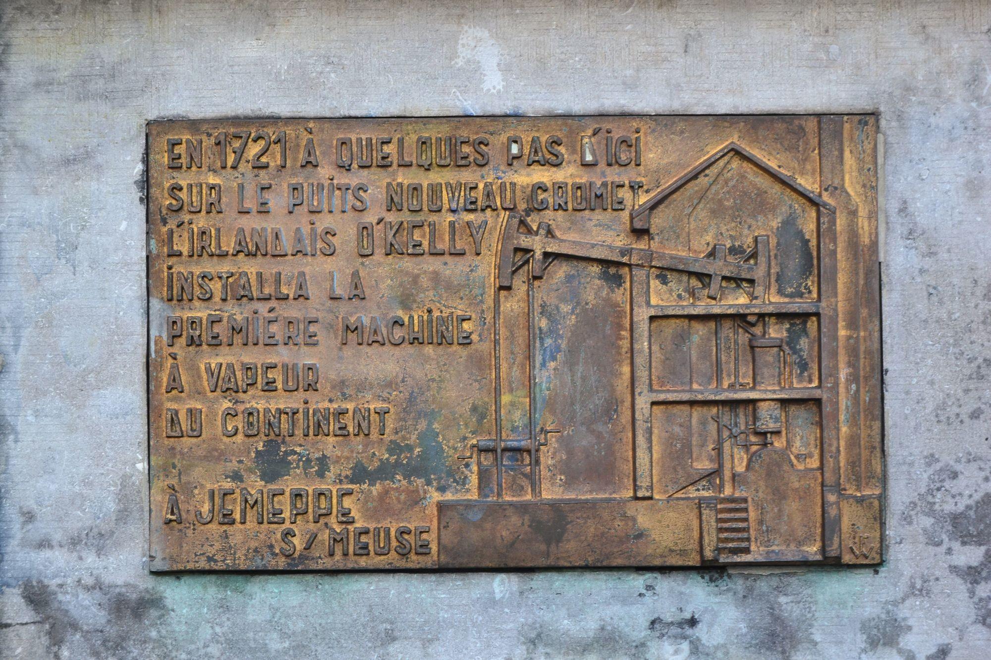 Plaque commémorative (contemporaine) à Jemeppe-sur-Meuse en Belgique.