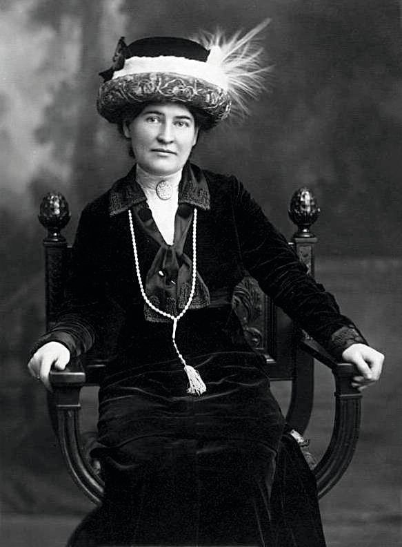 Willa Cather, 1912.