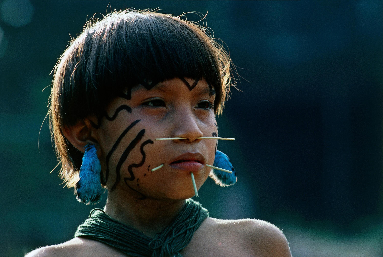 Niña del pueblo indígena Yanomami, Venezuela.