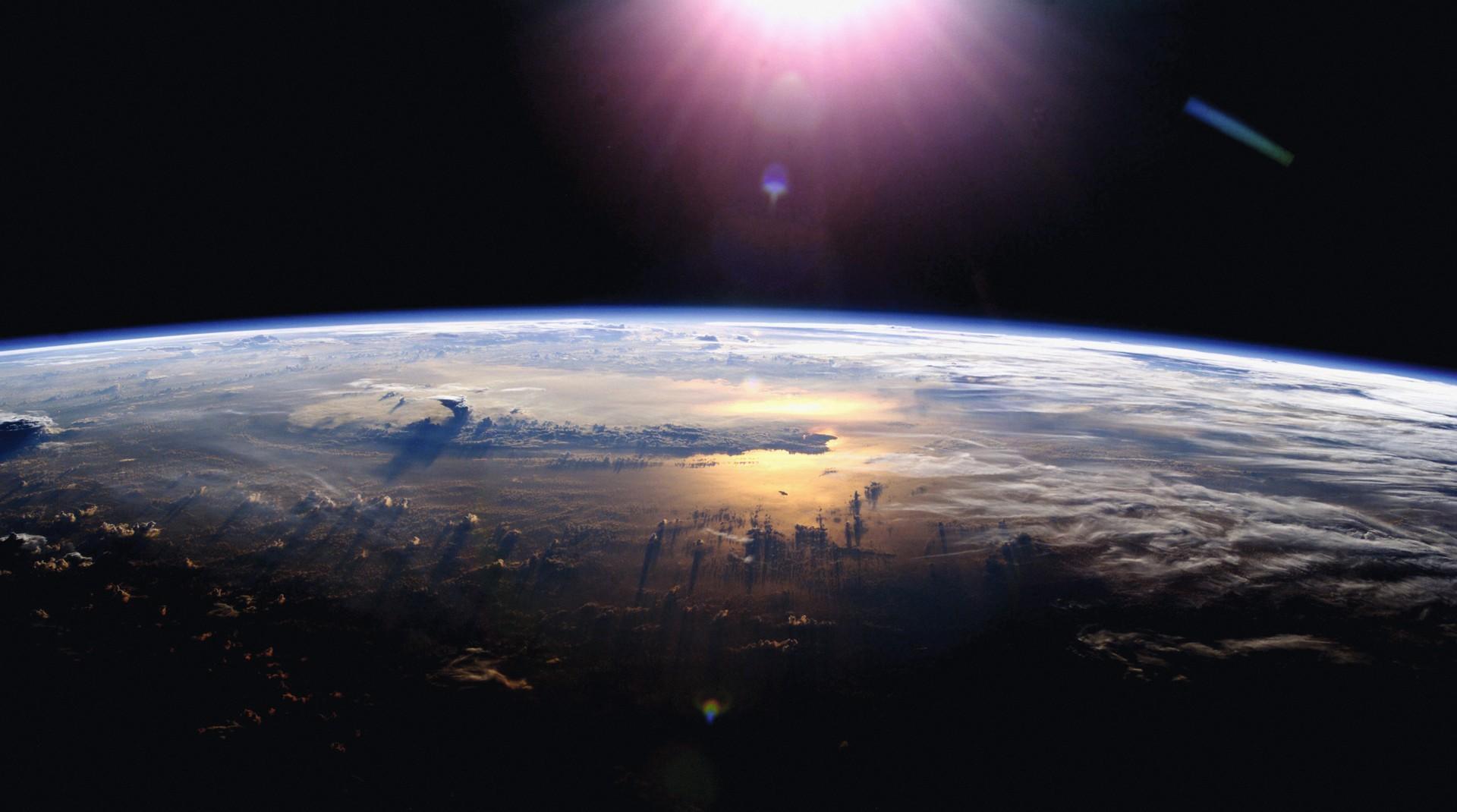 L'atmosphère, depuis la station spatiale internationale