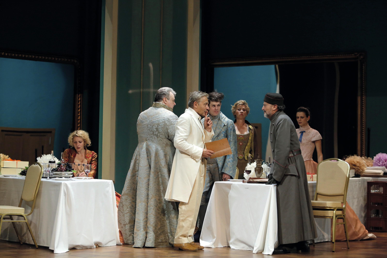 Tartuffe, mise en scène de G. Stoev, 2014.