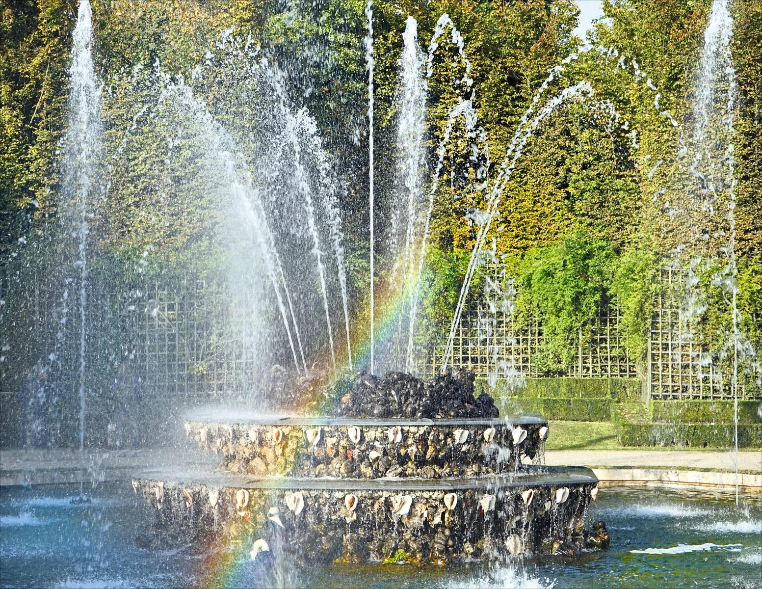 Fontaine du Bosquet des Trois-Fontaines, parc du château de Versailles - Activité À la découverte des jets d'eau d'une fontaine - Fonctions de référence