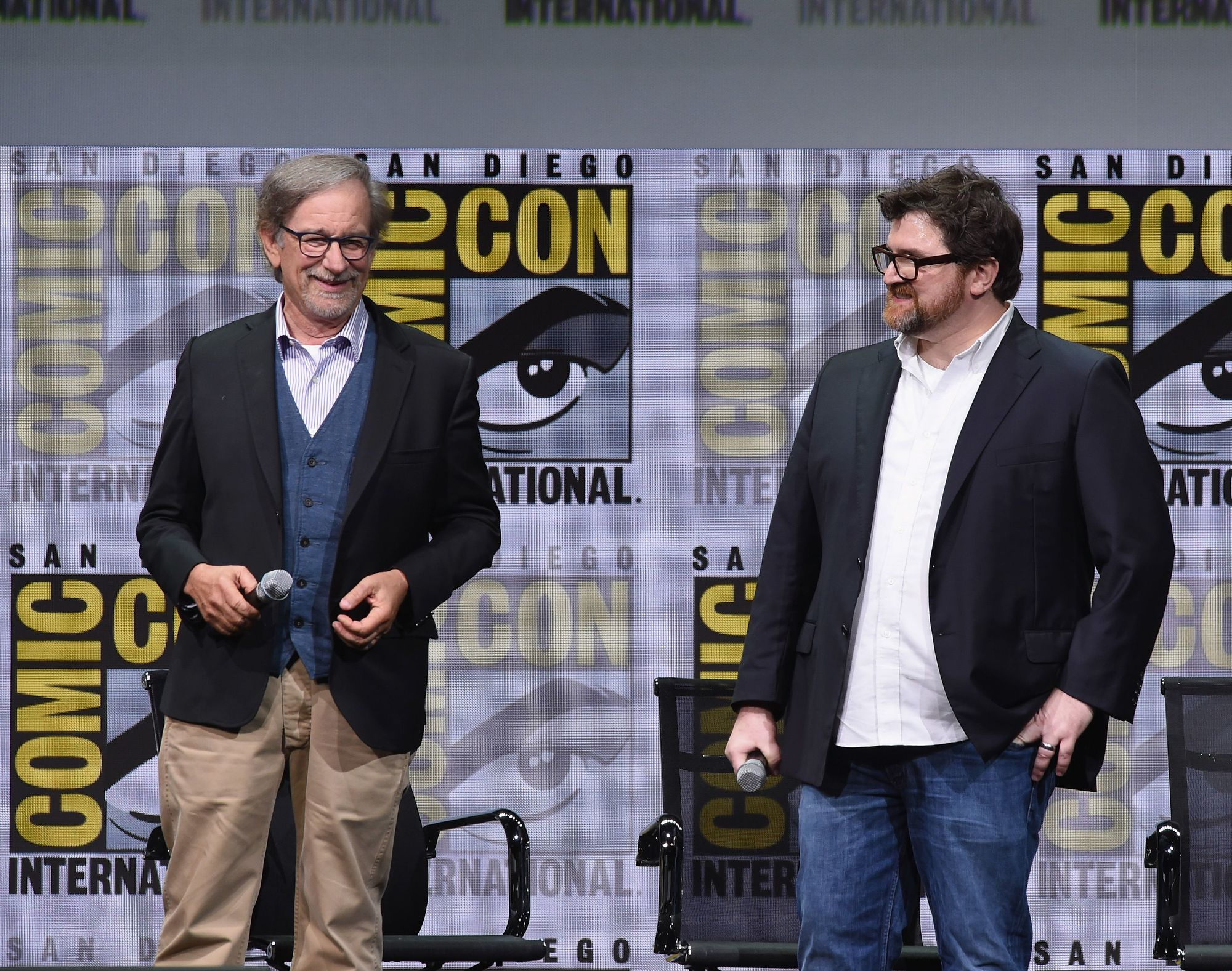 Ready player One's author Ernest Cline with director Steven Spielberg at San Diego's Comic Con, 2018.
