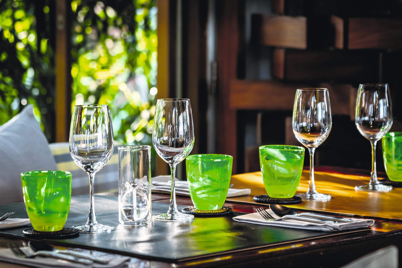 Des verres au restaurant