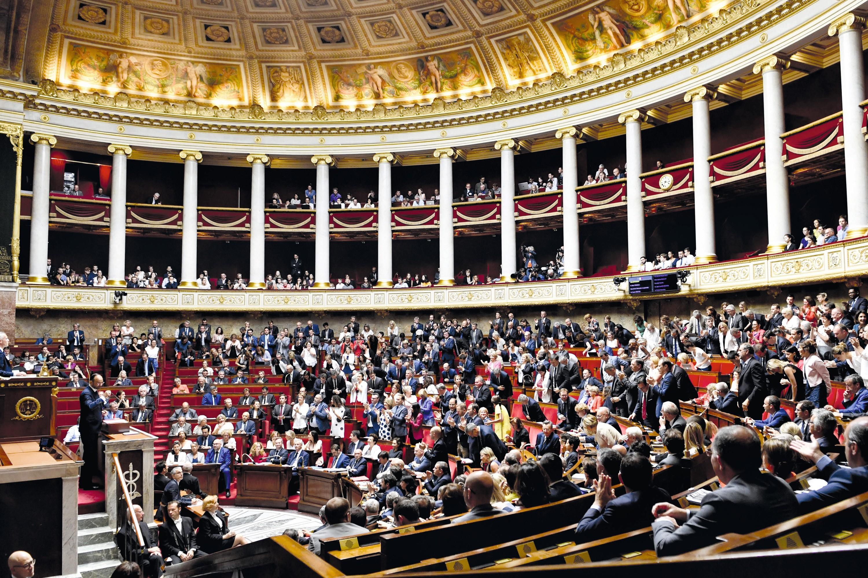Assemblée Nationale - Médiane et écart interquartile - Statistiques descriptives