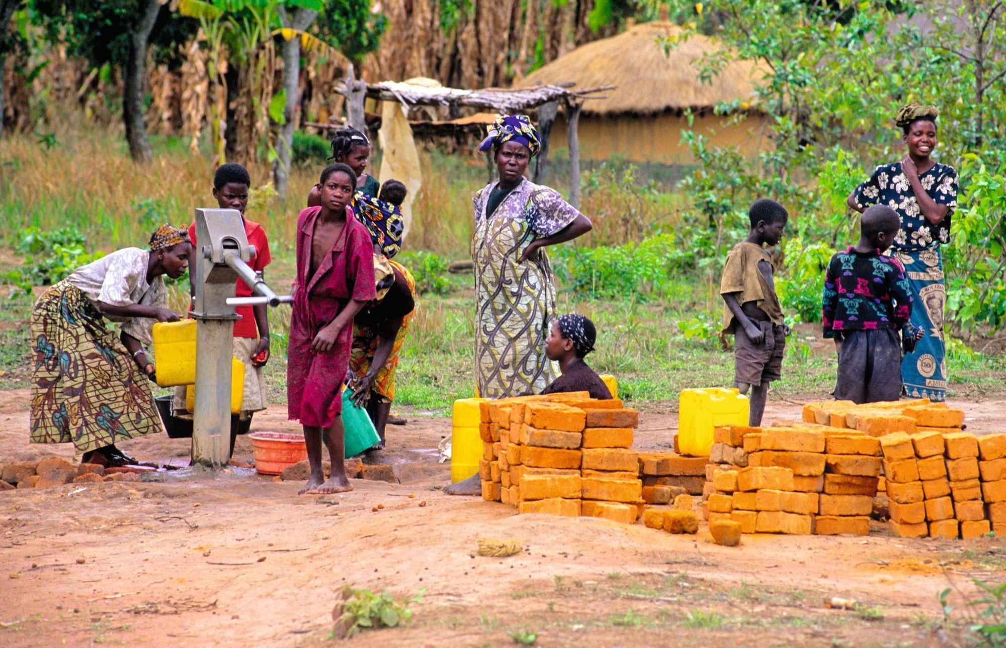 La corvée de l'eau en Zambie