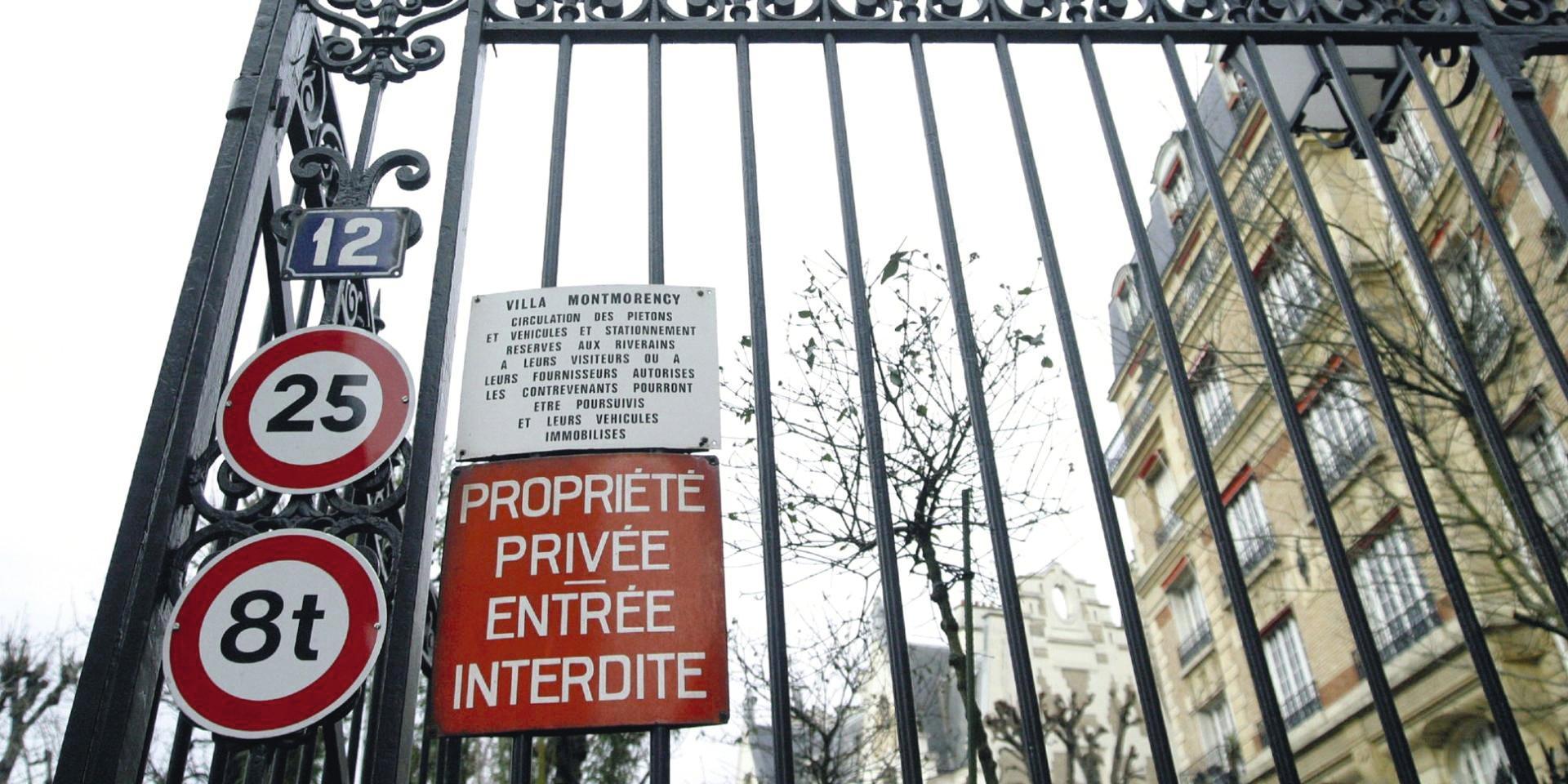 Photographie de l'entrée de la Villa Montmorency, L'Équipe.fr.