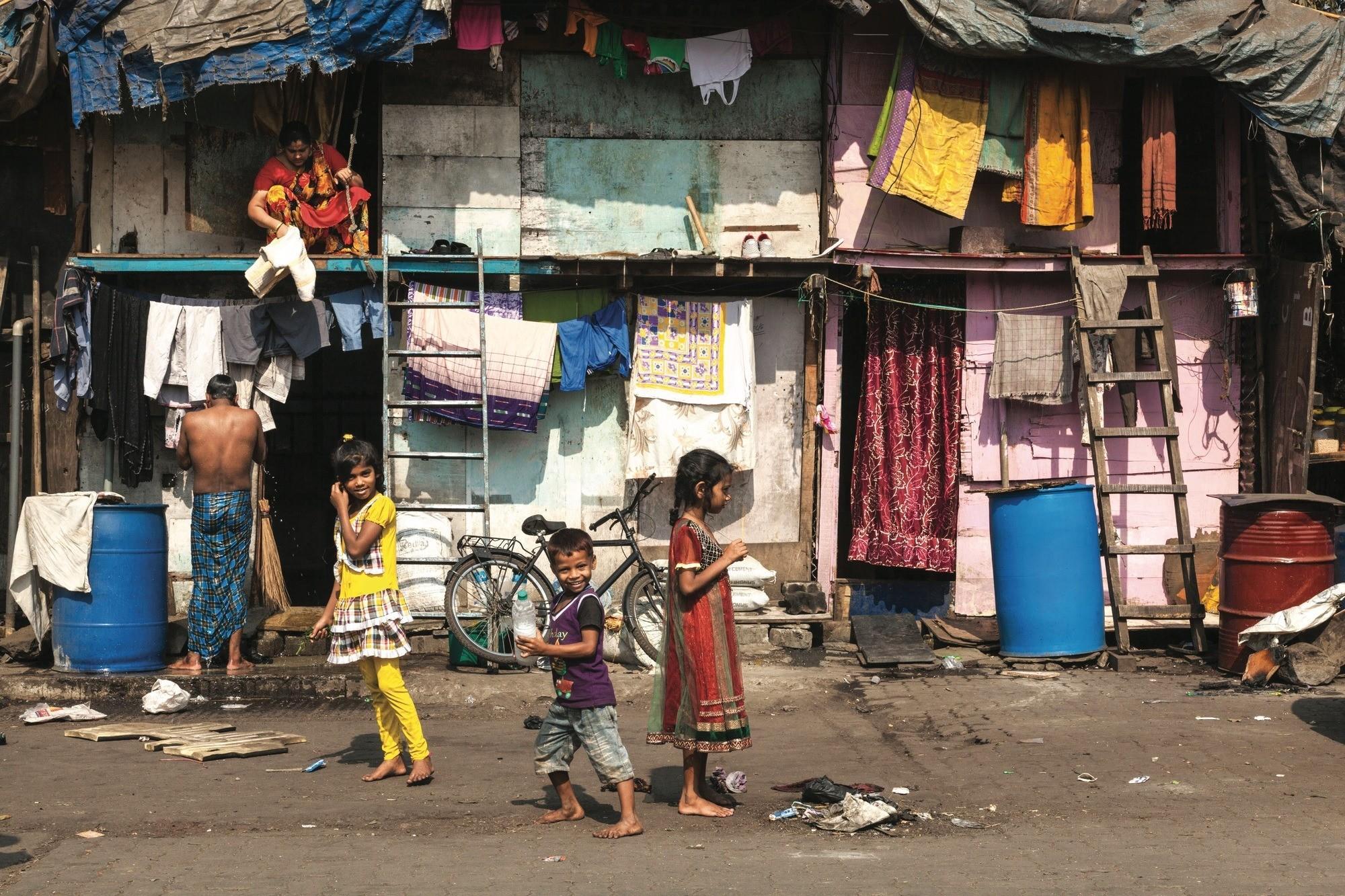Gérer la forte croissance urbaine : le bidonville de Dharavi, à Mumbai