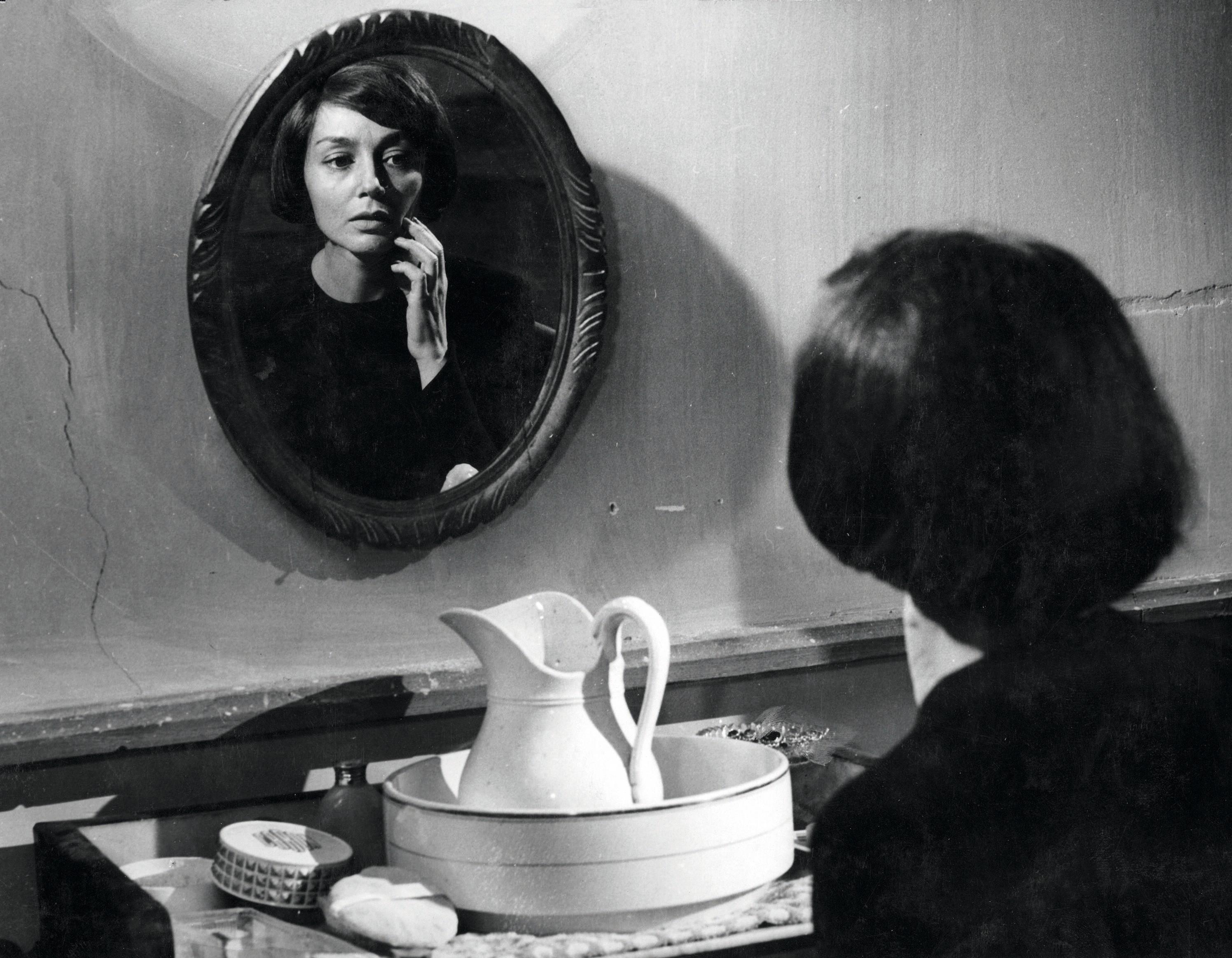 Photogramme Thérèse Desqueyroux Georges Franju Emmanuelle Riva 1962