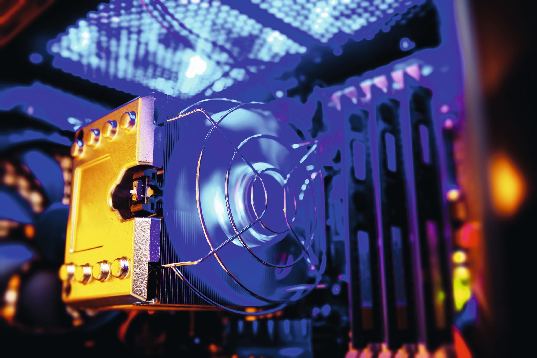 Ordinateur ultraperformant équipé de ventilateurs optimisés pour limiter la surchauffe