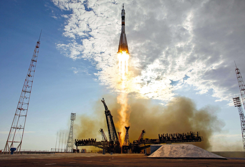 Décollage d'une fusée, colinéarité de vecteurs