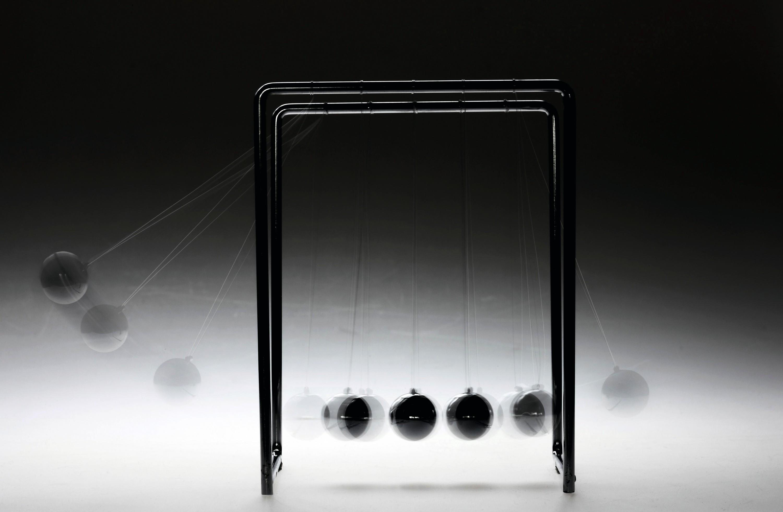 Le célèbre pendule de Newton