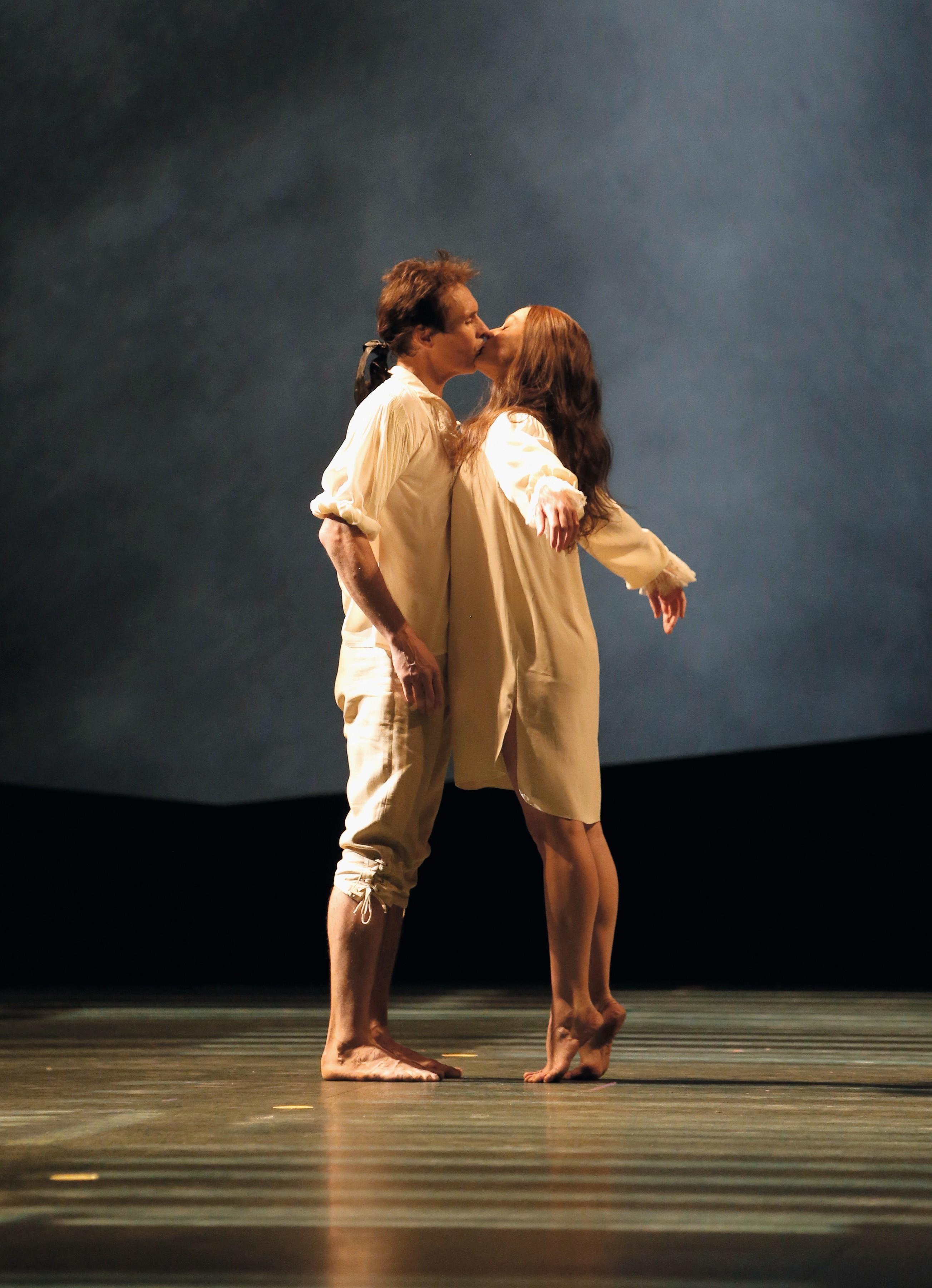 Angelin Preljocaj, Le Parc, avec Aurélie Dupont et Nicolas Le Riche, 2013, Opéra de Paris, photographies de Pascal Victor.