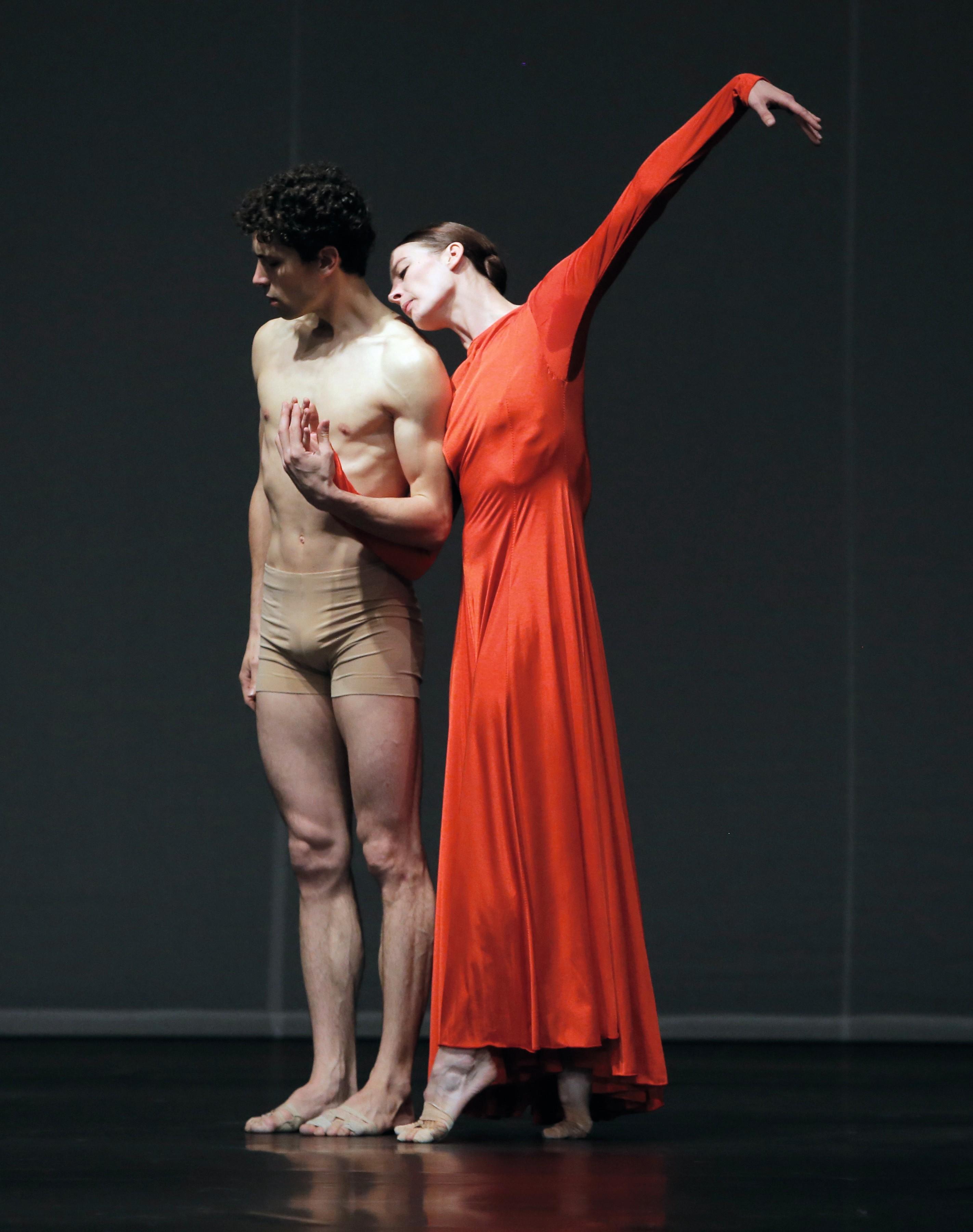 Pina Bausch, Orphée et Eurydice, avec Marie-Agnès Gillot et Stéphane Bullion, 2012, Opéra de Paris, photographies de Patrick Berger.