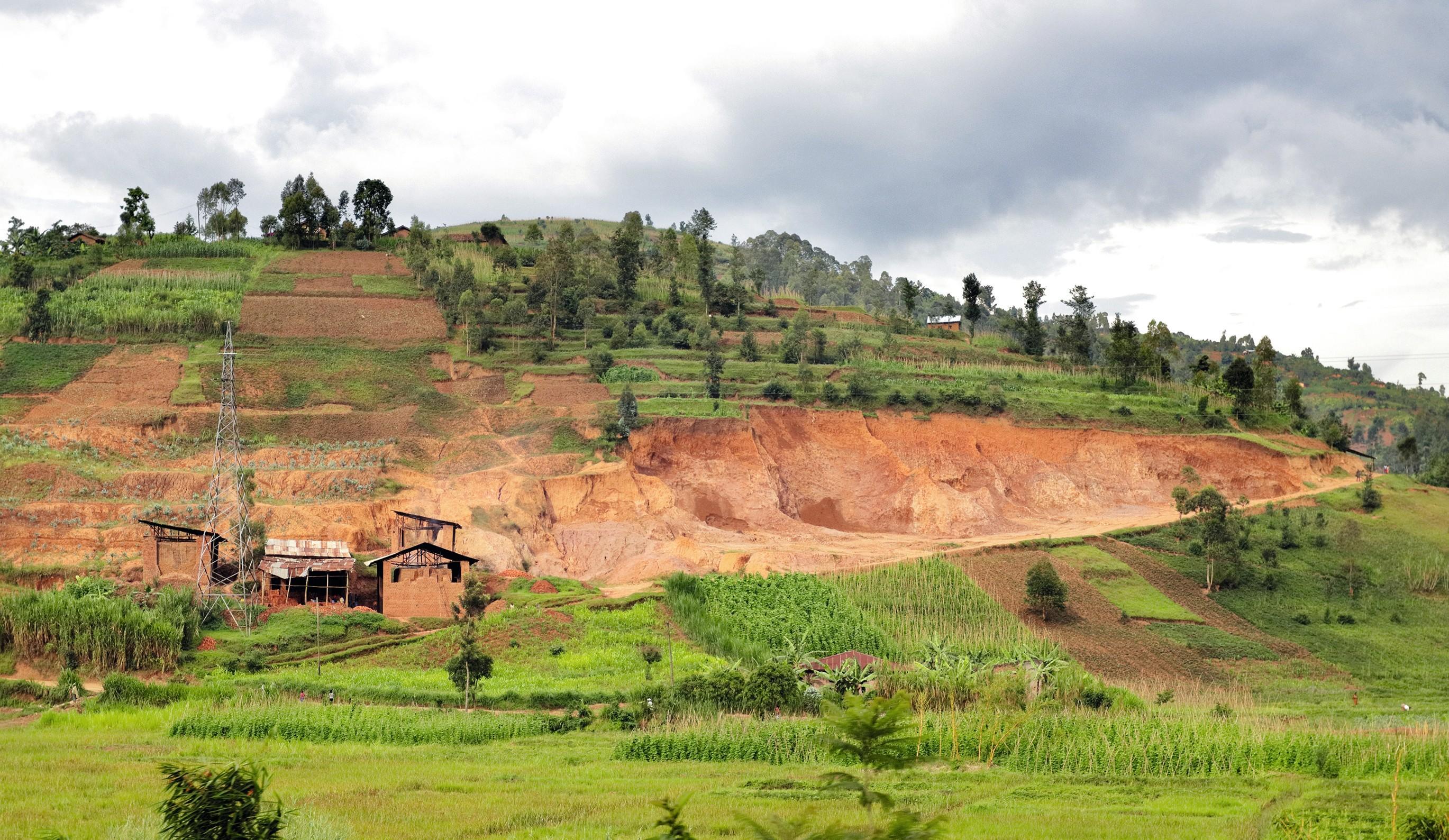 Une colline érodée au Rwanda.