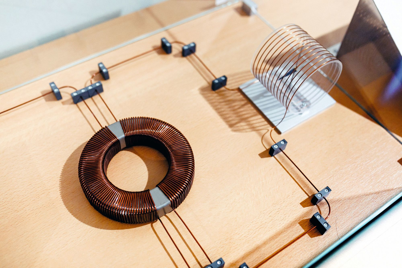 Fonctions trigonométriques - circuit éléctrique