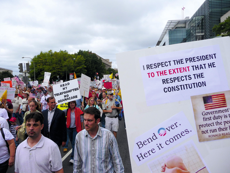 Manifestation en 2013 contre l'Obamacare, système d'assurance maladie mis en place par Barack Obama.