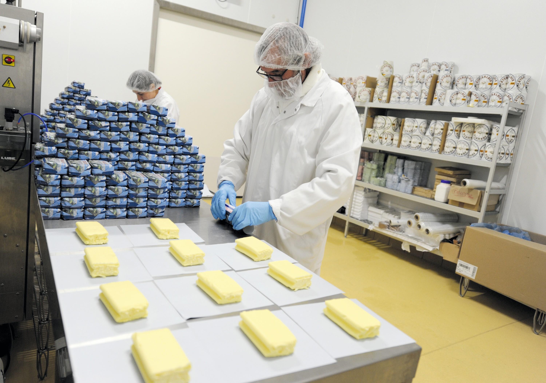 Coopérative laitière du Pays Basque (ici atelier d'emballage du beurre)