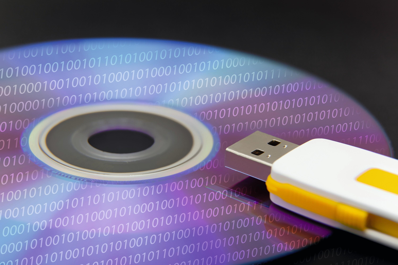 CD et clé USB : deux capacités différentes