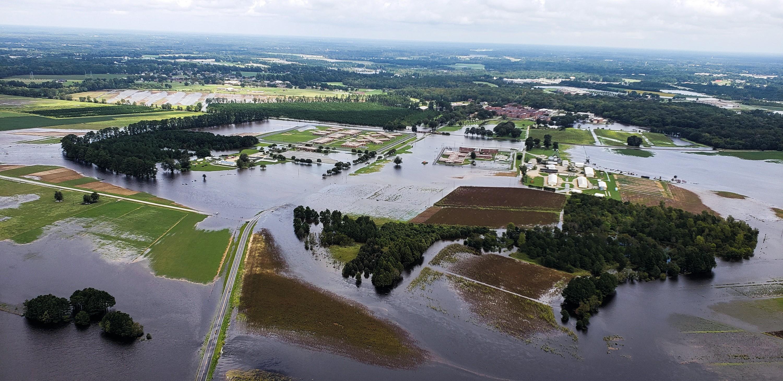Les inondations des exploitations agricoles après le passage d'un cyclone