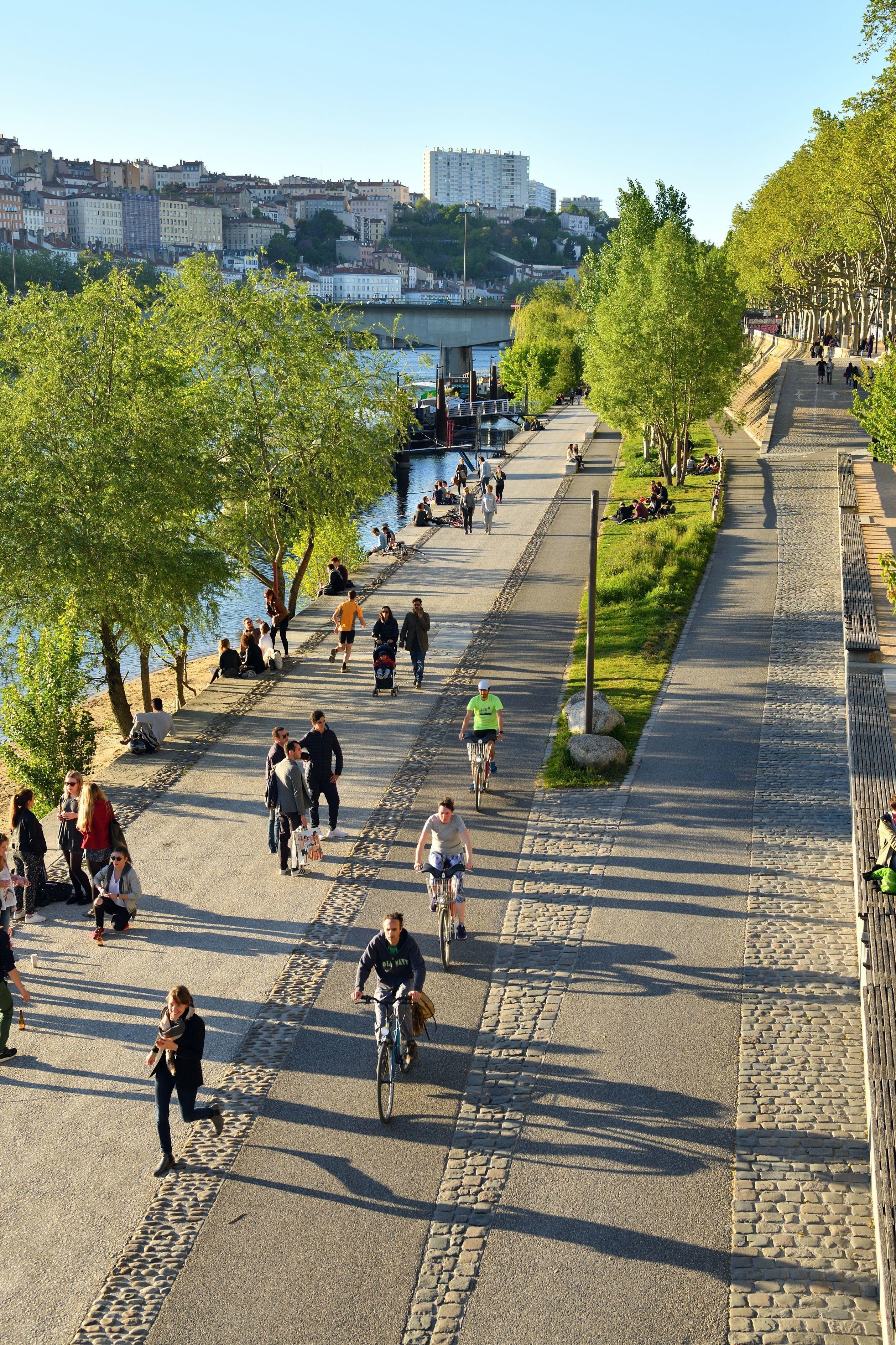 Piste cyclable à Nantes