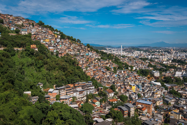 Les favelas sur les hauteurs de Rio de Janeiro